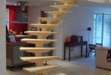 lonibois-escaliers-66-limon-central-moderne-sur-mesure (12)