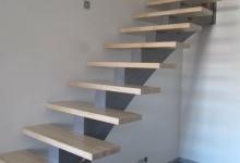 lonibois-escaliers-66-limon-central-moderne-sur-mesure (2)