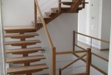 lonibois-escaliers-66-limon-central-moderne-sur-mesure (5)